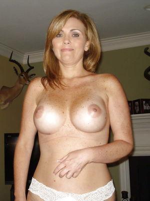 Best mature amateur ladies wearing..