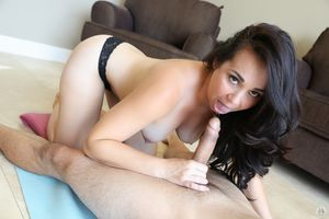 Brunette MILF Holly West gags while..