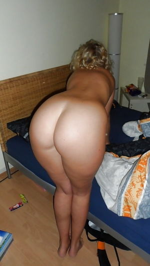 Moms,Milfs,Mature and Granny Fucktoys..
