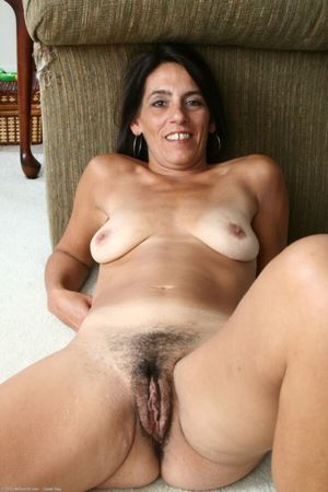 Mature woman looking for sex XXX Porn..