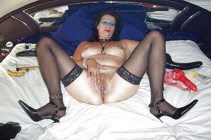 Mother - aunt - mature women - Pics -..
