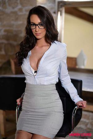 Secretary Lauren Hot naked girls ,..