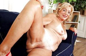 Free xxx pics of women - Babes
