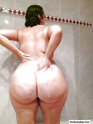 PAWGs, Big Asses, Bootys - - Pics..