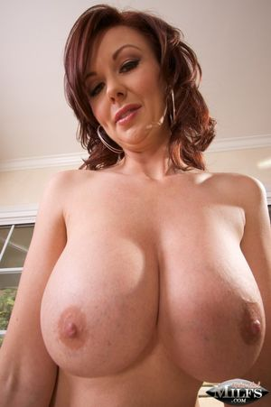 Busty milf,Busty Cougar,Busty Mature..