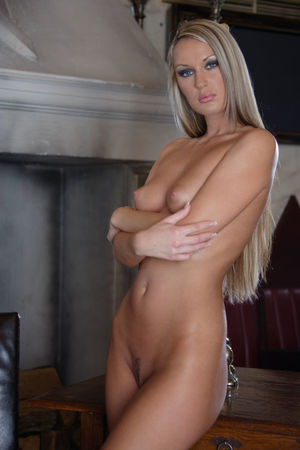 Hot Blonde Tereza Nude :: Sweet T and A