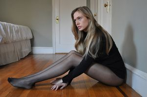 Young girl nylon hd pictures free..