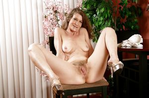 Free hairy mature pussy gallerys -..