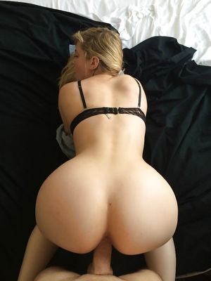 Thick Ass Blond and Her BF - Pics -..