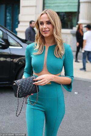 Kimberley Garner goes braless as she..