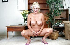 Bbw Dana Hayes High Quality Porn Pic..