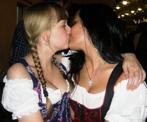 People & Humanity - Oktoberfest girls..