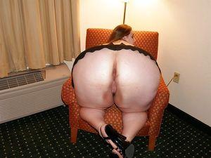 Mature Ass - Photo