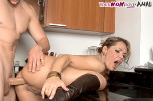 MILF BUNDLE Pictures! Only at 6mature9..