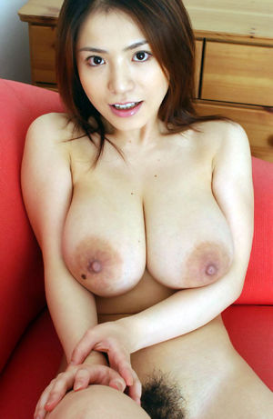 Sexy Anna Ohura shows her japanese..