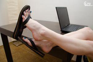 Wu's Feet Links - Czech Soles
