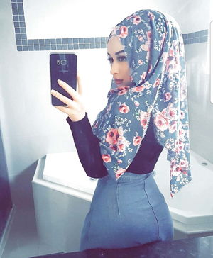 Turkish Hijab Bitch Sera German..