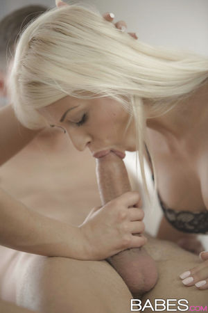 Naughty mom teaches platinum blonde..