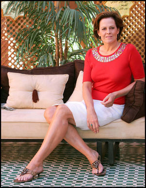 48 Hot Pictures Of Sigourney Weaver..
