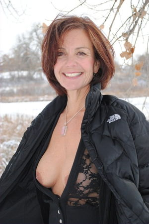 Wives Milfs and Gilfs - Pics - xHamster