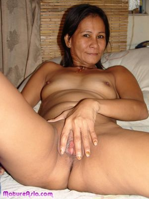 Elinda sexy older mature Asian showing..