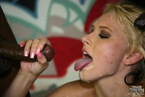 Katie Summers - Bukkake porn gallery..