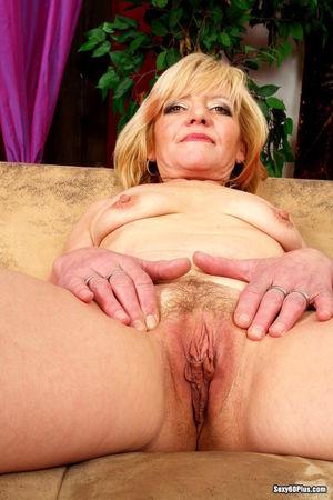 Sexy 60 Plus Eva Casual Milf Xxx Body..