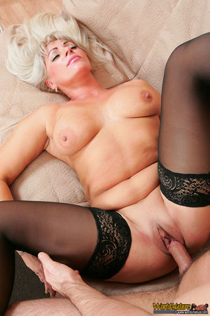 World Mature Hot Mature In Stockings..