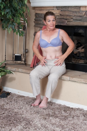 Mature Anna Favorite Mature 1 High..