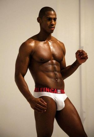 Hunk of the Day: Mehcad Brooks Alan..