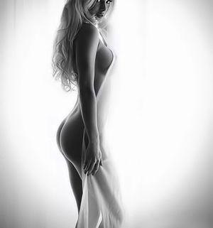 kurven woman blonde black/white -..
