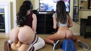 Sexy Gamer ManyVids Porn Videos -..