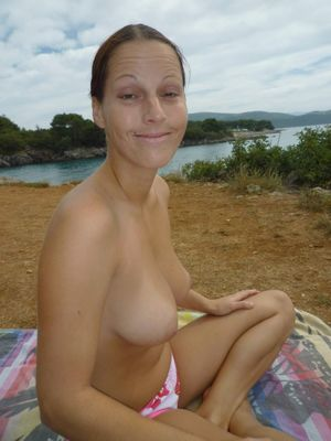 Topless Vacation: 2016