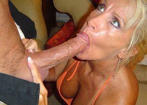 Beautiful older woman sucking cock -..