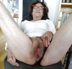 old amateur grannies showing off..