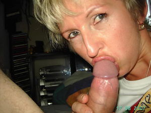 CUMONWIVES - Real Amateur Wives,..