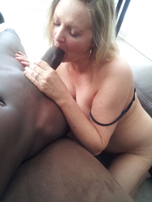 Public Pictures of Cuckold..