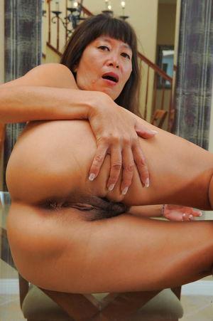 Asian matures and milfs - Pics -..
