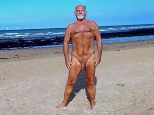 nudist guy in Kent: Foreness Point..