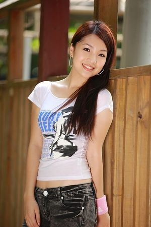 Asian Hot Celebrity: Chinese lovely..