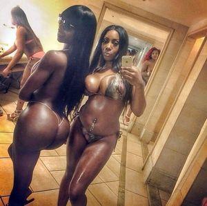 Selfie de Negras culonas - Poringa!