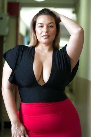 DREAM BBW - MISS LAURA LEE J - Pics -..