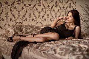 Wallpaper download pillow, dress,..