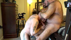 Muscle Bear Porn - Hairy Man Hole