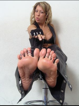 Amazoness Gia Feet (photos) -..