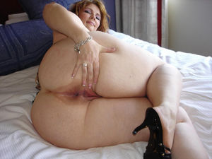 Browsing Xxx Pictures for Bbw mature..