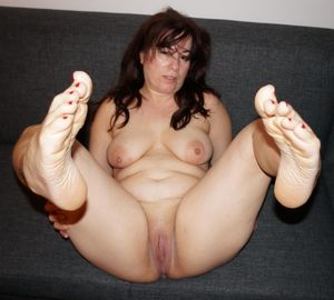 Fat Ass Milf Bbw Mature Feet Chubby..