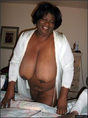 Amateur black mature girlfriends.