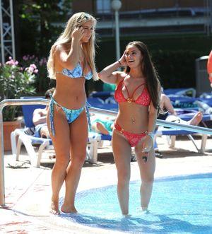 Chloe Meadows & Courtney Green -..