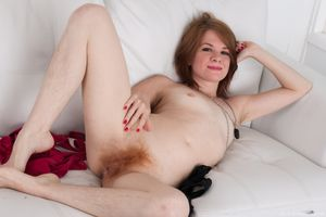 Hairy Sex Pics - The Hairy Lady